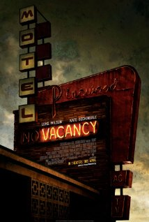"Macabre Month of Horror: Movie Review #8 ""Vacancy"""